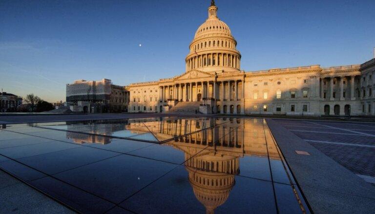 ASV senatori Krievijas iejaukšanos vēlēšanās grib atturēt ar sankcijām