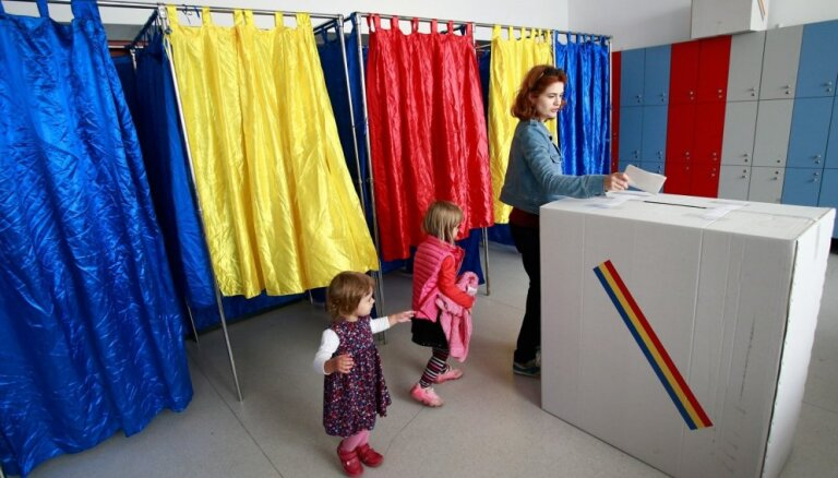 Rumānijā zemās vēlētāju aktivitātes dēļ referendums par laulībām atzīts par nenotikušu
