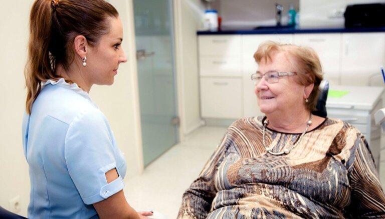 Латвийцы положительно оценили новую разработку в лечении при помощи зубных имплантатов