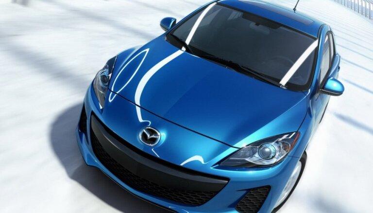 Первые изображения новой Mazda3 слили в Сеть