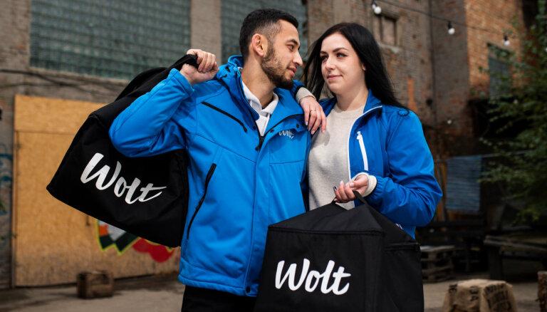 Iepazīsti 'Wolt' varoņus – kurjerus! Annas un Suhrob mīlasstāsts