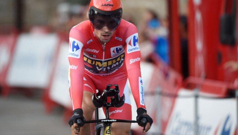 Rogličs kļūst par trīskārtēju 'Vuelta a Espana' čempionu