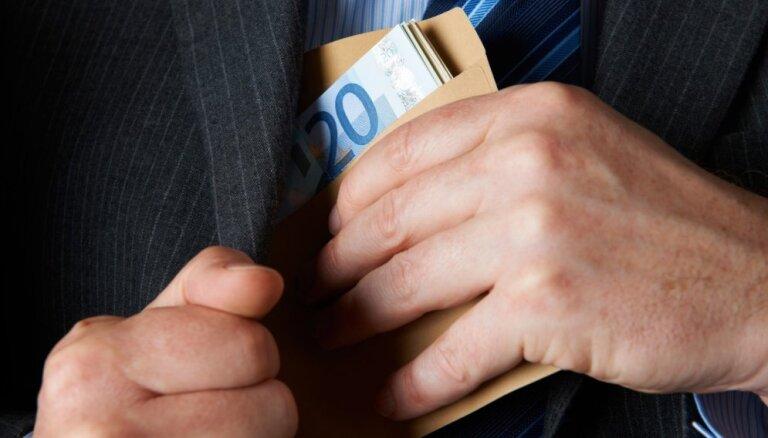 Новый министр рассказал, когда могут повыситься налоги для латвийского бизнеса