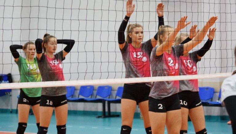 Rīgas Volejbola skola saglabā vadību Baltijas līgā