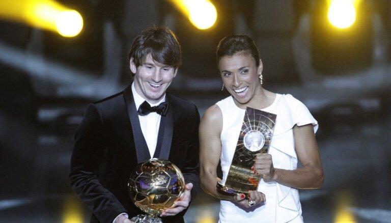 Lionels Mesi otro gadu pēc kārtas atzīts par pasaules labāko futbolistu