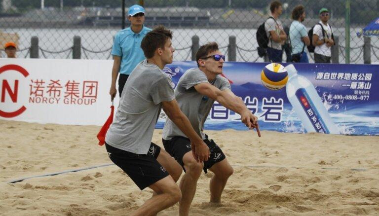 Плявиньш и Эглескалнс пробились в плей-офф Fuzhou Open