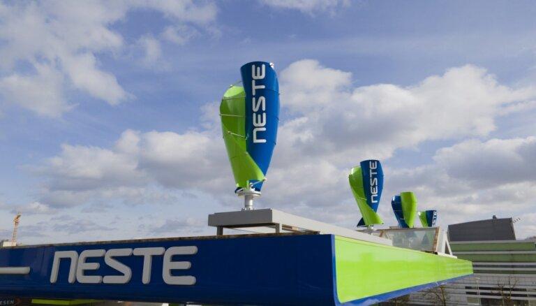 'Neste' degvielas uzpildes stacijā uzstādījusi pirmo vēja elektrostaciju