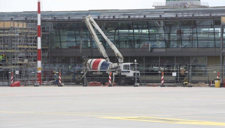 """В сентябре начнется частичная эксплуатация нового перрона в аэропорту """"Рига"""""""