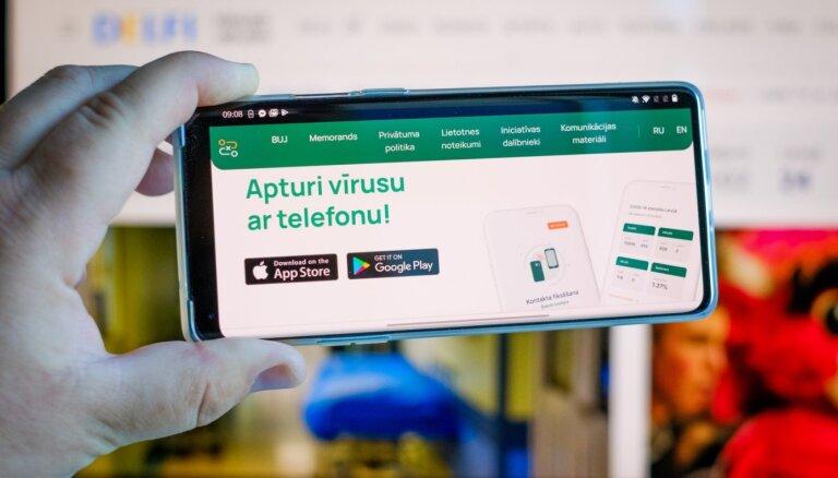 """Мобильное приложение """"Останови Covid"""" скачали около 80 000 латвийцев"""