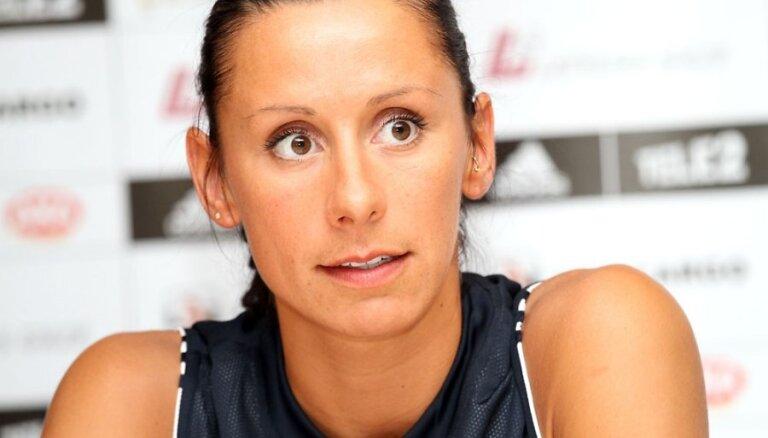 Baško-Melbārde netiek pie medaļas Krievijas čempionātā; Jēkabsone-Žogota tiek pie zelta