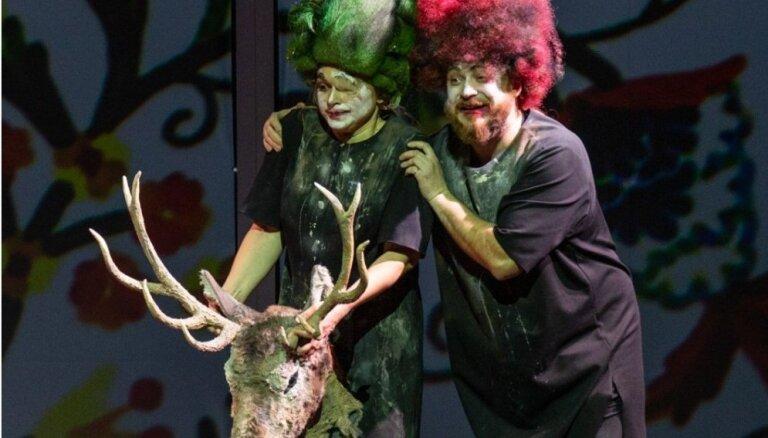 Foto: LNO pirmizrādi piedzīvos apvienotais operu 'Burvestība' un 'Pajaci' iestudējums