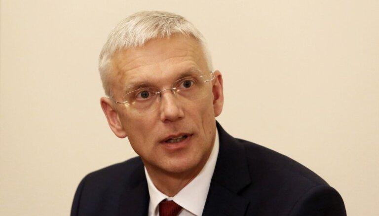 Кариньш обсудит с министрами вопросы оптимизации школьной сети
