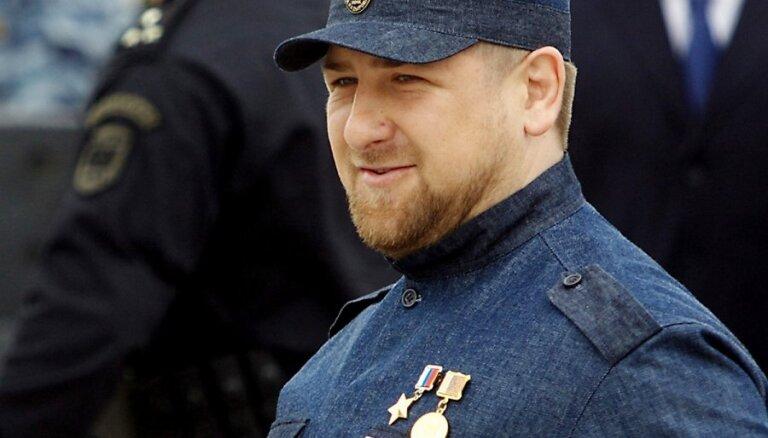 """Кадыров пообещал убить """"крысоматку Умарова"""" до Олимпиады"""