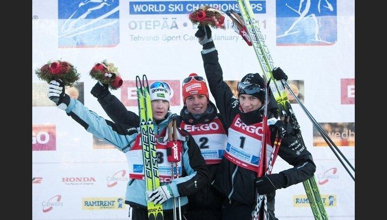 Vācietis Ridzeks kļūst par pasaules junioru čempionu ziemeļu divcīņā, Igaunijai – bronza