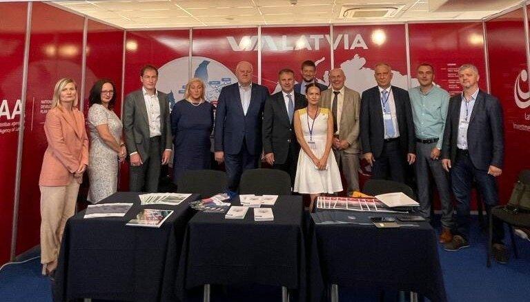 'Latvijas dzelzceļš' kopā ar ostām un LIAA Ukrainā pārrunā kravu pārvadājumus caur Latviju