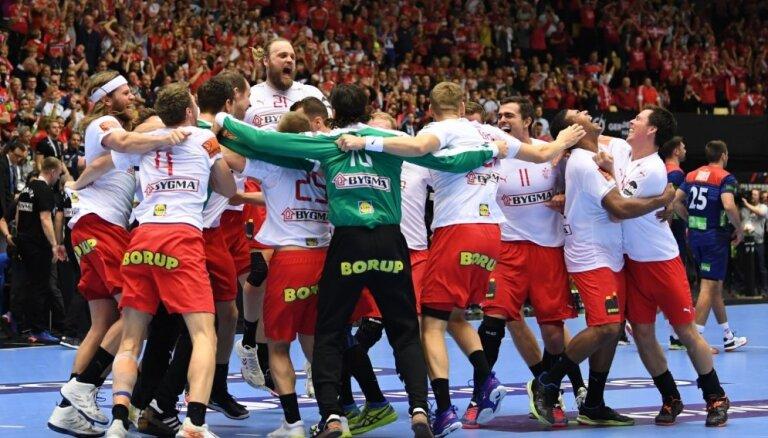 Dānijas handbolisti savās mājās pirmo reizi kļūst par pasaules čempioniem