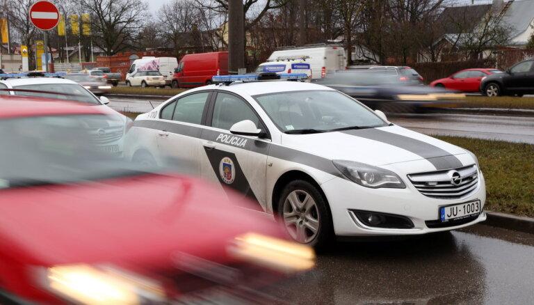 Pirmdien ceļu satiksmes negadījumos cietuši 16 cilvēki