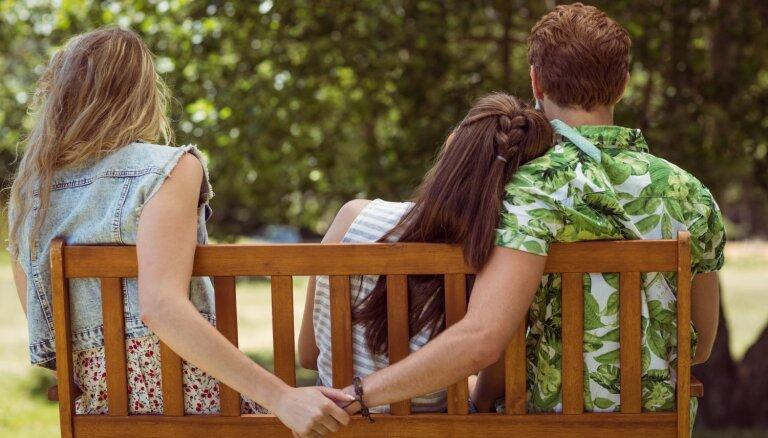 Piecas pazīmes, kas liecina par partnera neuzticību