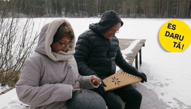 Izslēgt trokšņus: Rūta un Valdis Muktupāveli un viņu klusuma baudīšanas māksla