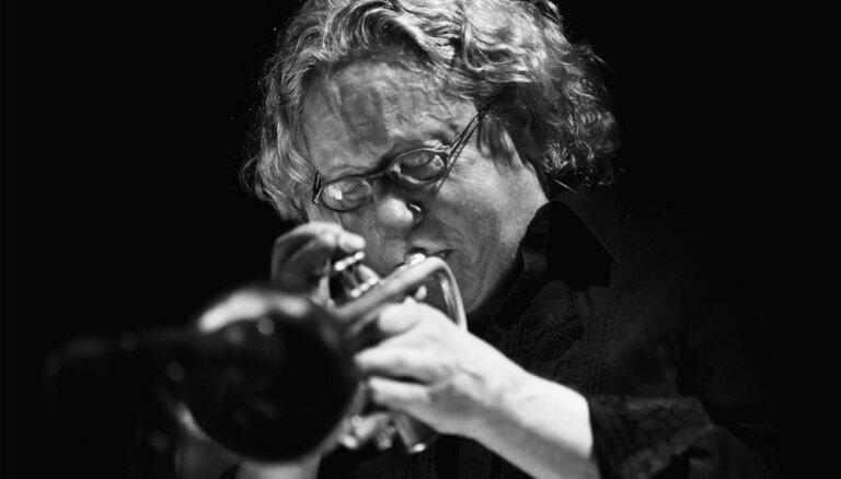 'Jazz Room' ziemas sesijā Rīgā uzstāsies pasaulslavenais džezmenis Tims Hagans