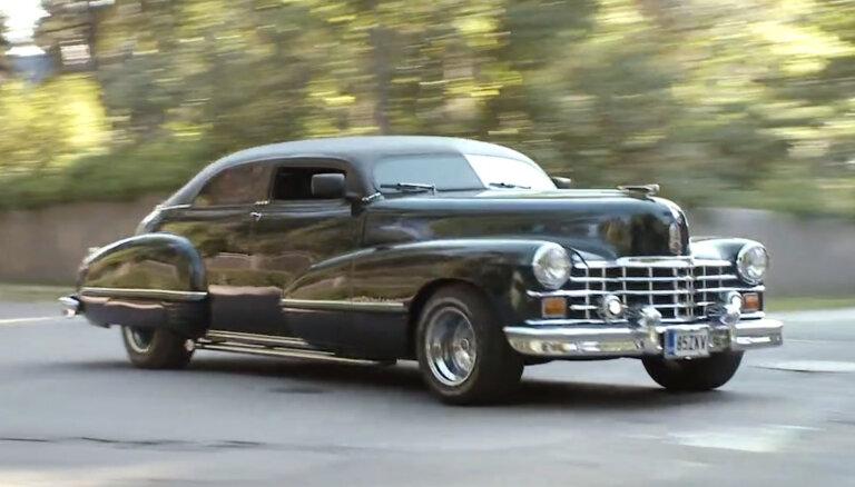 'Ātruma cilts' video: 47. gada 'Cadillac', kam Latvijas ceļi nav šķērslis