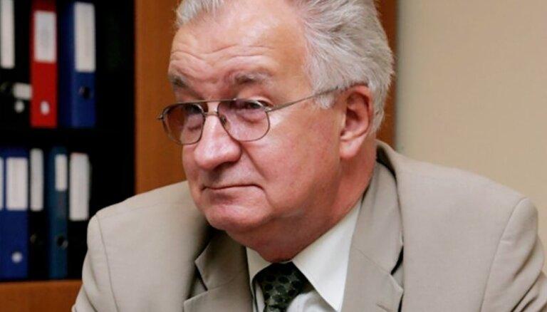 Narkologs Jānis Strazdiņš: 'Sievietes, nekrītiet mūsdienu dzīves izliktās alkohola lamatās!'