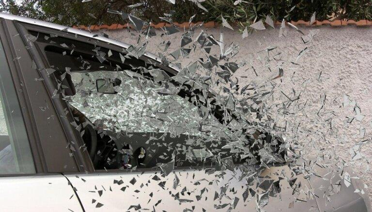 В авариях на дорогах Латвии пострадали 11 человек