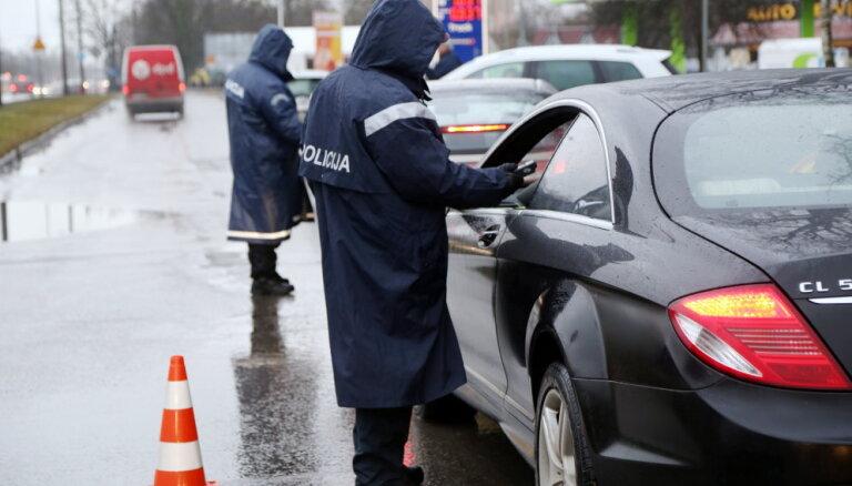 Ceļu policija ceturtdien visā Latvijā pastiprināti uzraudzīs satiksmi