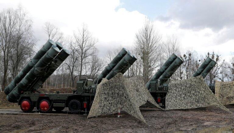 ASV senatori aicina Trampu noteikt sankcijas Turcijai saistībā ar 'S-400' iegādi