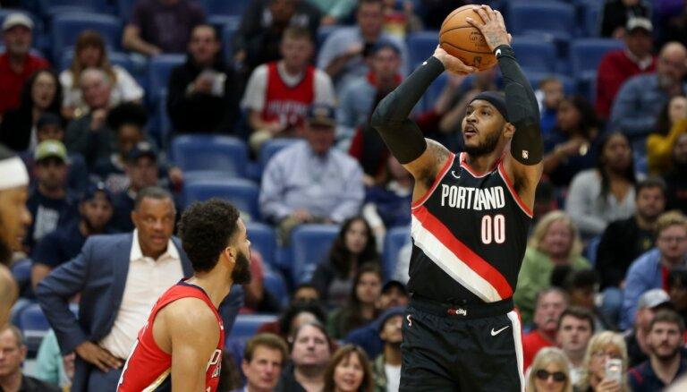 Karmelo Entonijs NBA atgriežas ar 10 punktiem