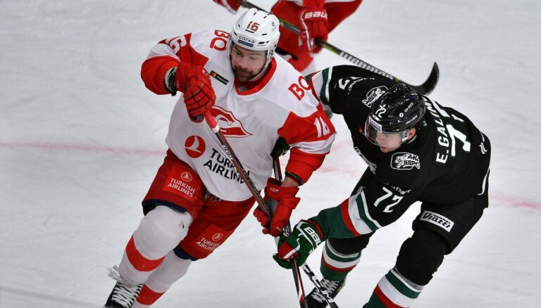 Daugaviņa un Karsuma pārstāvētā 'Spartak' piekāpjas Ozoliņa trenētajai 'Torpedo'