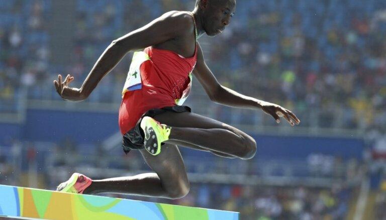 Kenijietis Kipruto ar jaunu olimpisko rekordu iegūst savu pirmo olimpisko medaļu