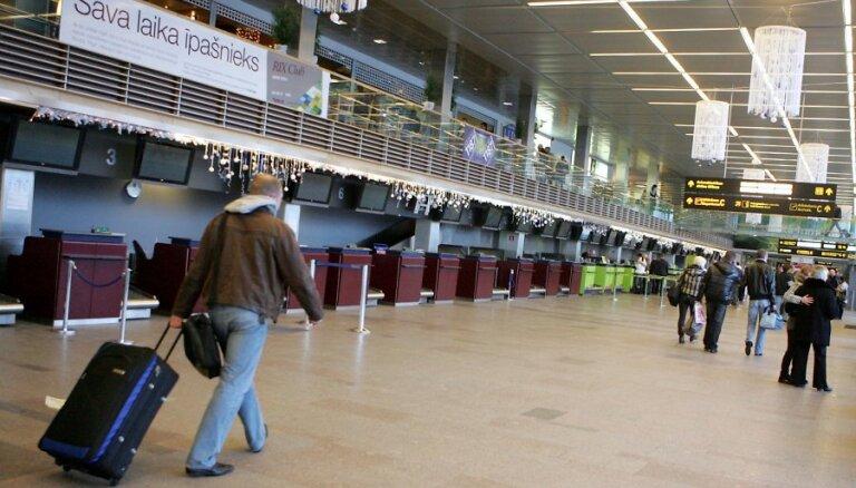 Уехавшие латвийцы в прошлом году принесли Латвии почти 600 млн. евро