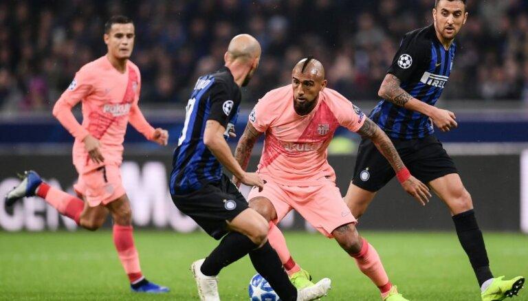 'Barcelona' pēc neizšķirta ar 'Inter' sasniedz UEFA Čempionu līgas izslēgšanas turnīru