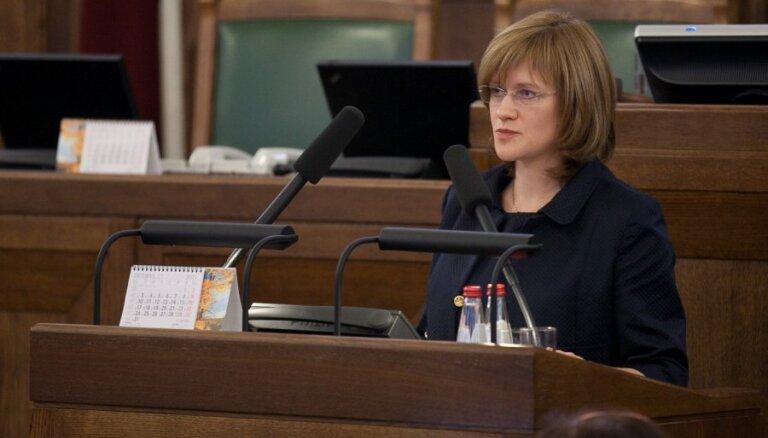 Vides ministra amatam virzītā Kalniņa – Lukaševica nosauc aktuālākos darbus