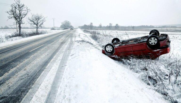 KASKO segmentā samazinās zādzības, taču aizvien pieaug avāriju skaits