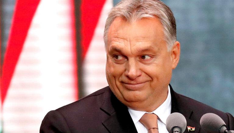 Orbāns meklē konservatīvo atbalstu 'Fidesz' palikšanai Eiropas Tautas partijā