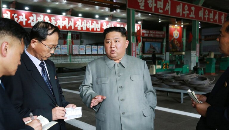 Kims kritizē Ziemeļkorejas propagandas pasākumu
