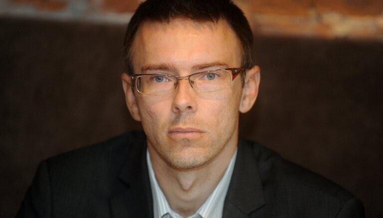 Delna: правовой нигилизм в Рижской думе можно победить более активной работой правоохранительных органов