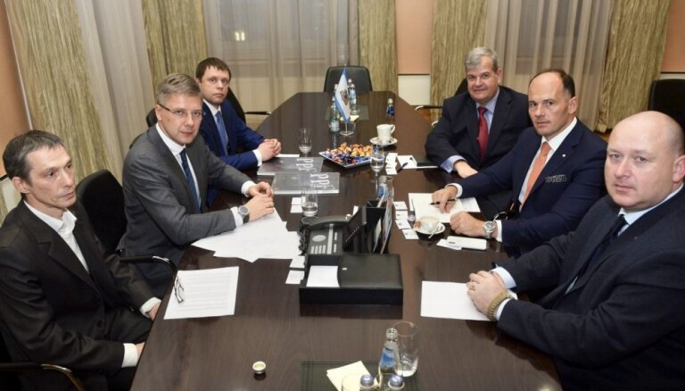 Korupcijas skandāls Rīgas domē bijis šoks 'Škoda Transportation' un Ušakovam