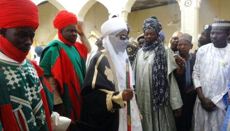 Nigērijā pretrunīgu iemeslu dēļ sadala 200 gadus seno Kano emirātu