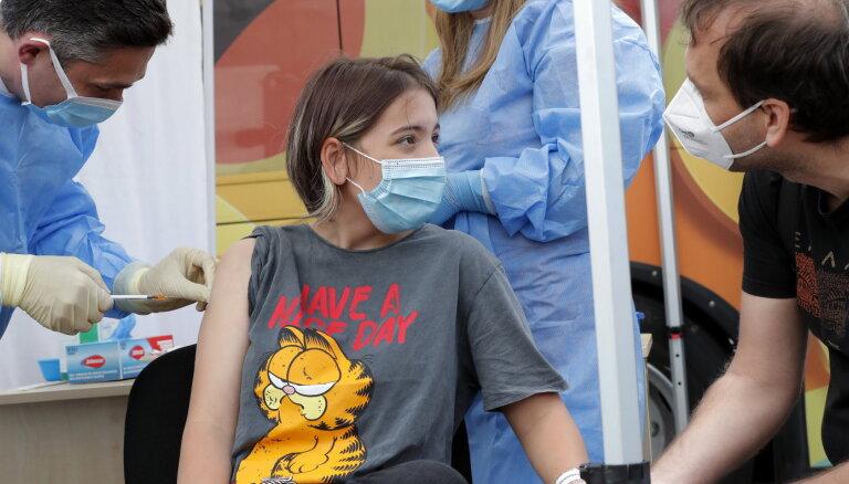 Faktu pārbaude: Rumānijā turpinās vakcinācijas kampaņa