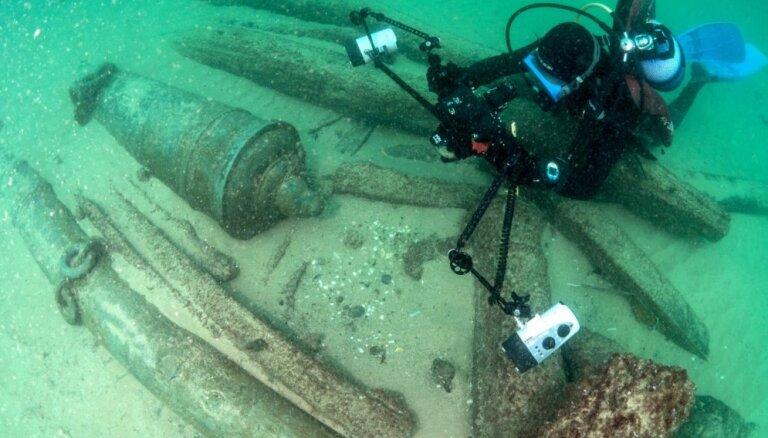 Foto: Pie Portugāles atrod 400 gadus senu kuģi ar Austrumu labumiem