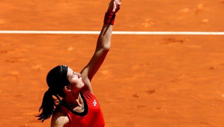 Sevastova WTA rangā pēc karjeras labākā 'French Open' nemaina pozīciju; Ostapenko neliels kāpums