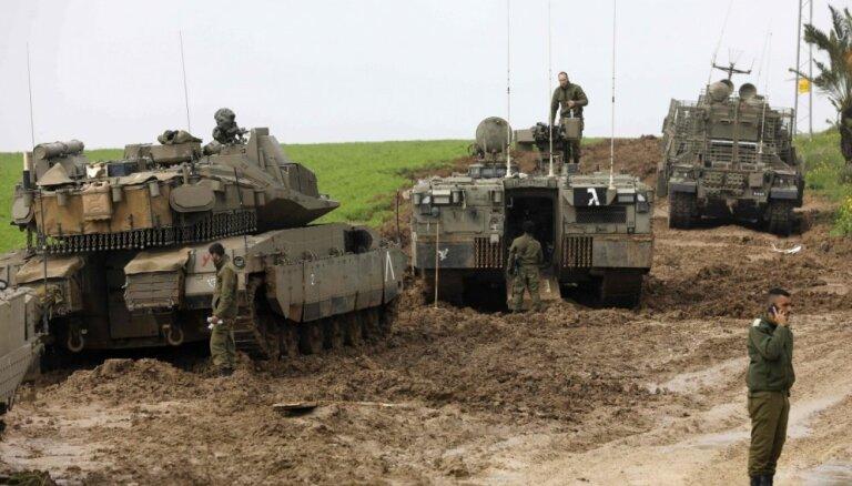 Izraēla pēc kārtējā robežincidenta Gazas joslā bombardē 'Hamas' bāzi