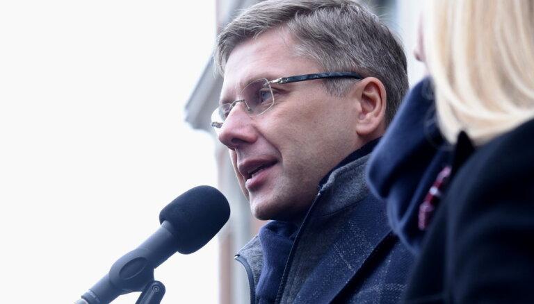 Вопрос об участии Ушакова на выборах в Европарламент рассмотрят в четверг