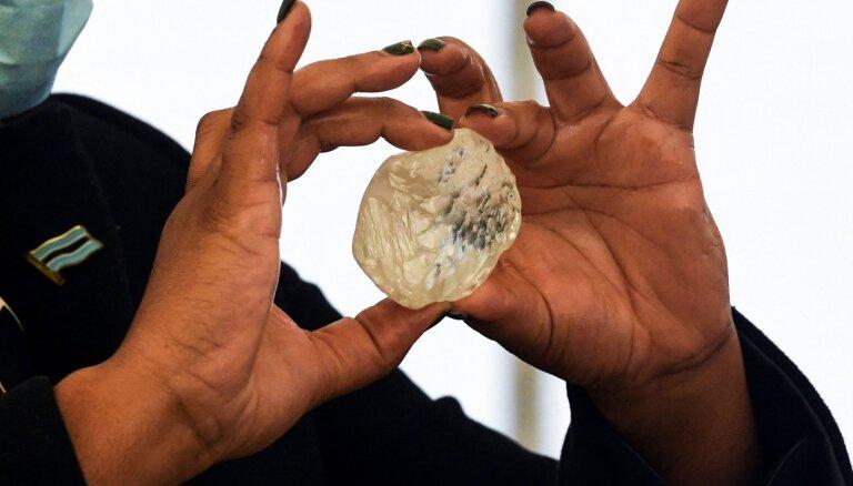 Botsvānā atrasts, iespējams, trešais lielākais dimants vēsturē