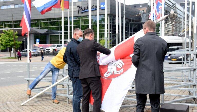 Pašvaldību vēlēšanu laikā dezinformatori visbiežāk apsprieduši Staķi un Rinkēviču
