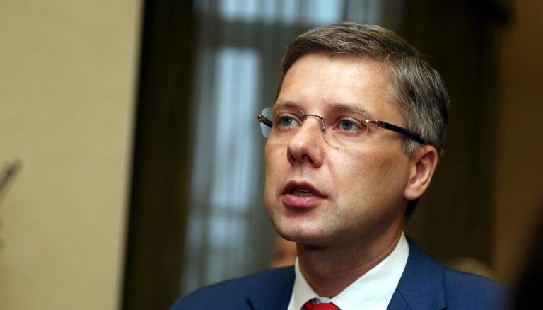 """Ушаков подал в суд на депутата думы за слова про """"Монако и мохито"""""""