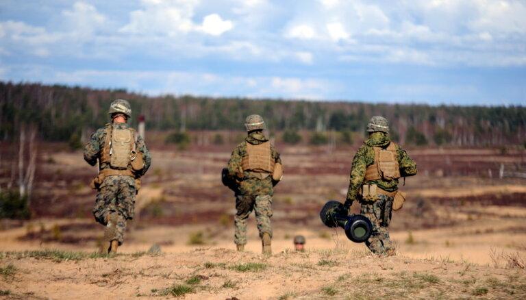 Atgādinājums autovadītājiem: uz mācībām Ādažos dosies Lietuvas un Igaunijas karavīri un tehnika